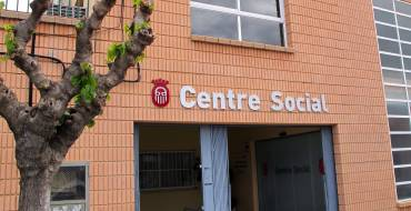 Es fan diferents millores d'accessibilitat al Centre Social